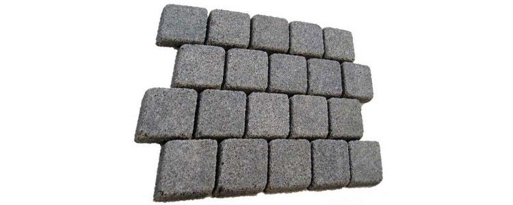 GM0305 - 4x4 Ancient grey granite broken line pattern.