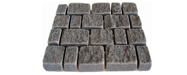 GM0354 - Ancient grey mesh granite random broken line pattern.