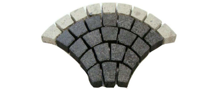GM0321 - Black and white porphyry border granite fan pattern.