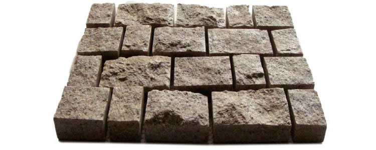 GM0303 - Gold granite cobblestone - random sizes.