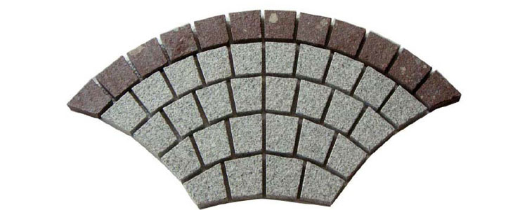 GM0334 - Salt and pepper and redstar border granite fan pattern.