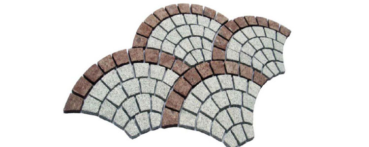 GM0324 - Salt and pepper and redstar border granite fan pattern.