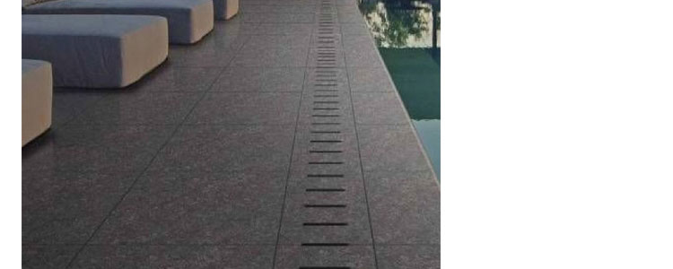 SP1301 - Porcelain Paver with Drain and Coping